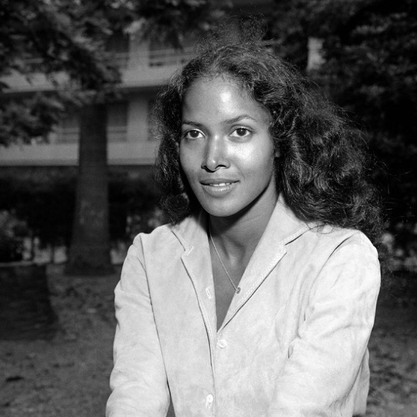 ZP_Marpessa Dawn, American-born actress of Black and Filipina heritage who played Eurydice opposite Breno Mello as Orpheus in the 1959 film Orfeu Negro