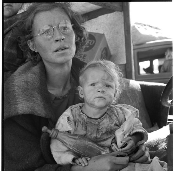 Photo by Dorothea Lange 1930s_Family on the road_Tulelake California