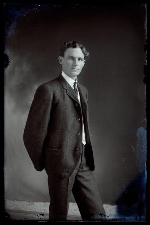 ZP_Portrait of a man in North Carolina_1910s_photographer Hugh Mangum