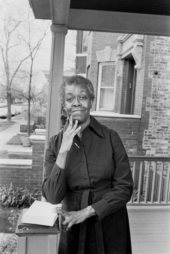 Poet Gwendolyn Brooks in the mid1960s_photo by Art Shay