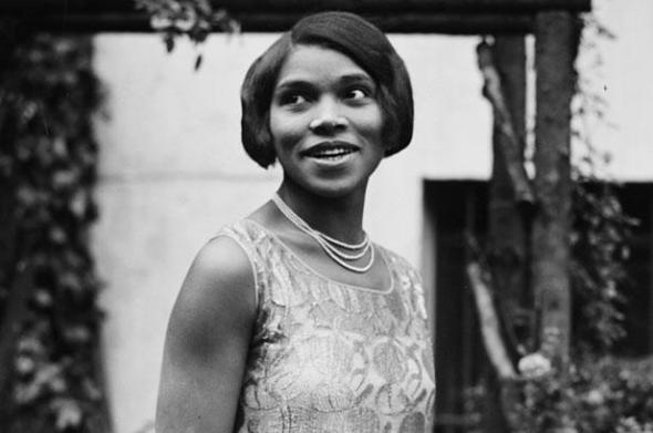 ZP_Marian Anderson in 1930s_In 1939 the contralto who sang both Lieder and Spirituals
