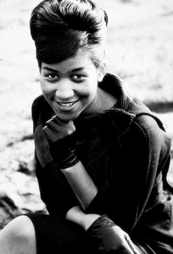 1961 publicity photo of Aretha Franklin