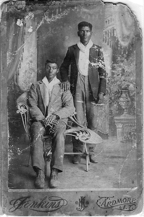 Jenkins and Ardmore Photo Studio_names and date unknown_perhaps first decade of the 20th century