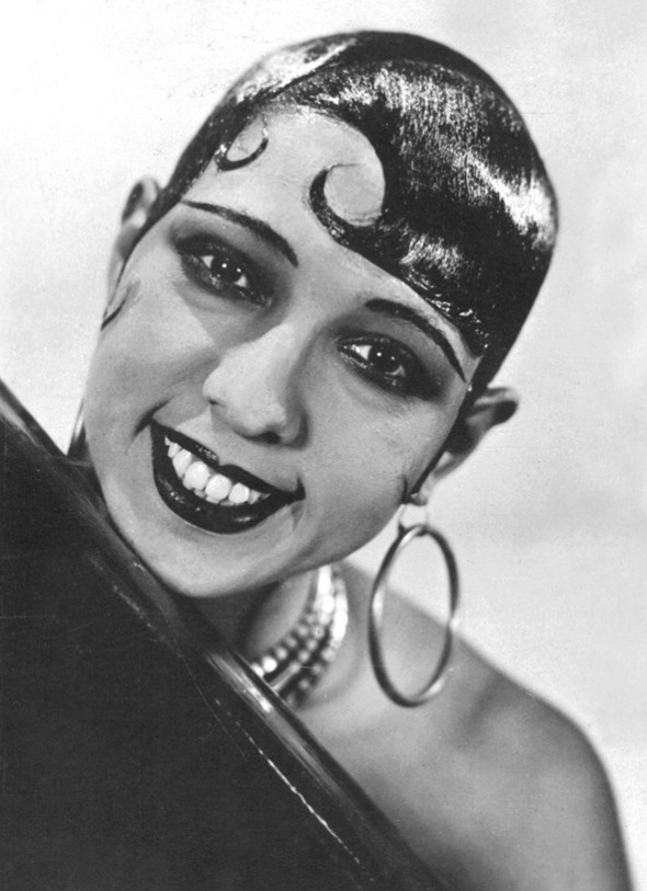Josephine Baker and her signature Brilliantined hair_1920s