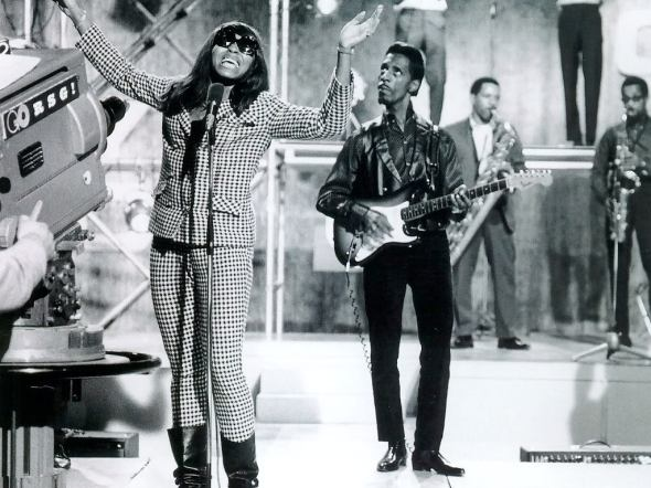 The Ike and Tina Turner Revue_1966_Tina rocking a wig