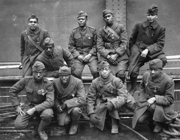 369th Infantry Regiment_formerly the 15th New York National Guard Regiment_During WW1 known as The Harlem Hellfighters_1919 photograph with their Croix de Guerre medals