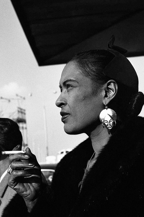 Billy Holiday in 1958_Orly airport, Paris
