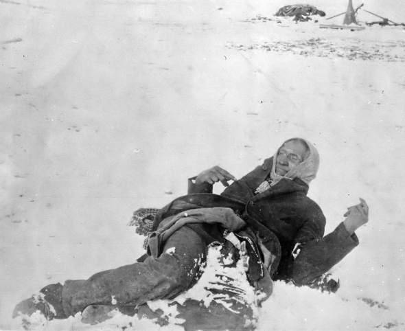 Spotted Elk lying dead after The Battle of Wounded Knee_December 1890