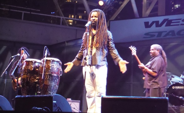 Rocky Dawuni in Toronto 1_August 14th 2015