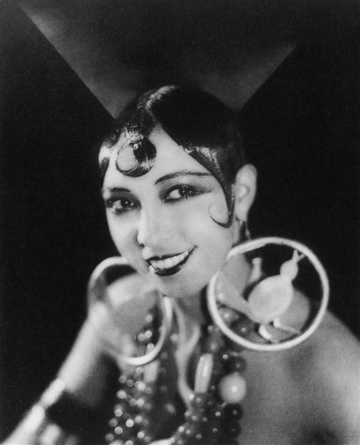 Josephine Baker_Berlin_1925_photo par Wolf von Gudenberg