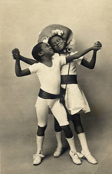 This image is courtesy Historical Ziegfeld_Rudy and Fredy Walker_Les Enfants Nègres de 1903_Le Cake Walk dansé au Nouveau Cirque de Paris