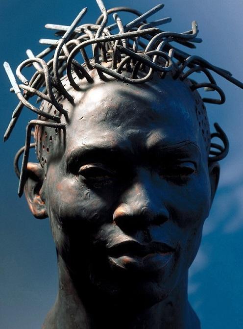 Medusa by sculptor Ubbo Enninga_born 1955